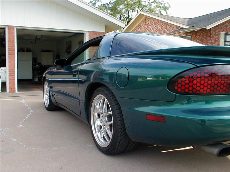 Here Is A Pic Of My Old Formula With The Chameleon Green Paint It Was Kinda Cool Rare Too